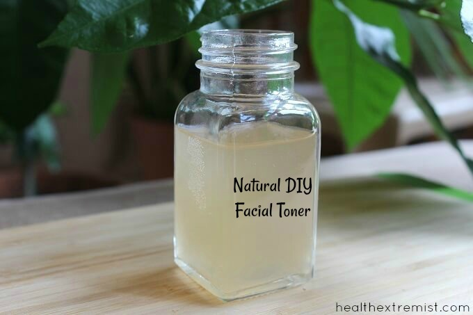 All Natural DIY Facial Toner for Acne Prone Skin - Helps minimize pores, removes oil and prevents breakouts