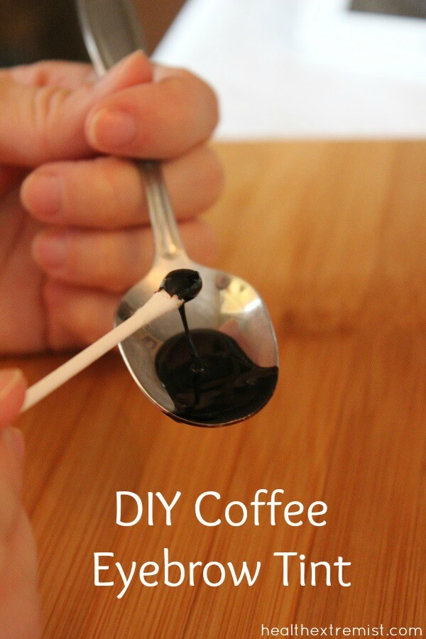 DIY Coffee Eyebrow Tint - Make your own coffee eyebrow tint with coffee grounds and water. The color lasts for weeks and it looks great! #natural #DIY #diynatural #coloreyebrows #darkeneyebrows #coffeetint #dyeeyebrows #eyebrows